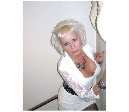 video mature escort longwy